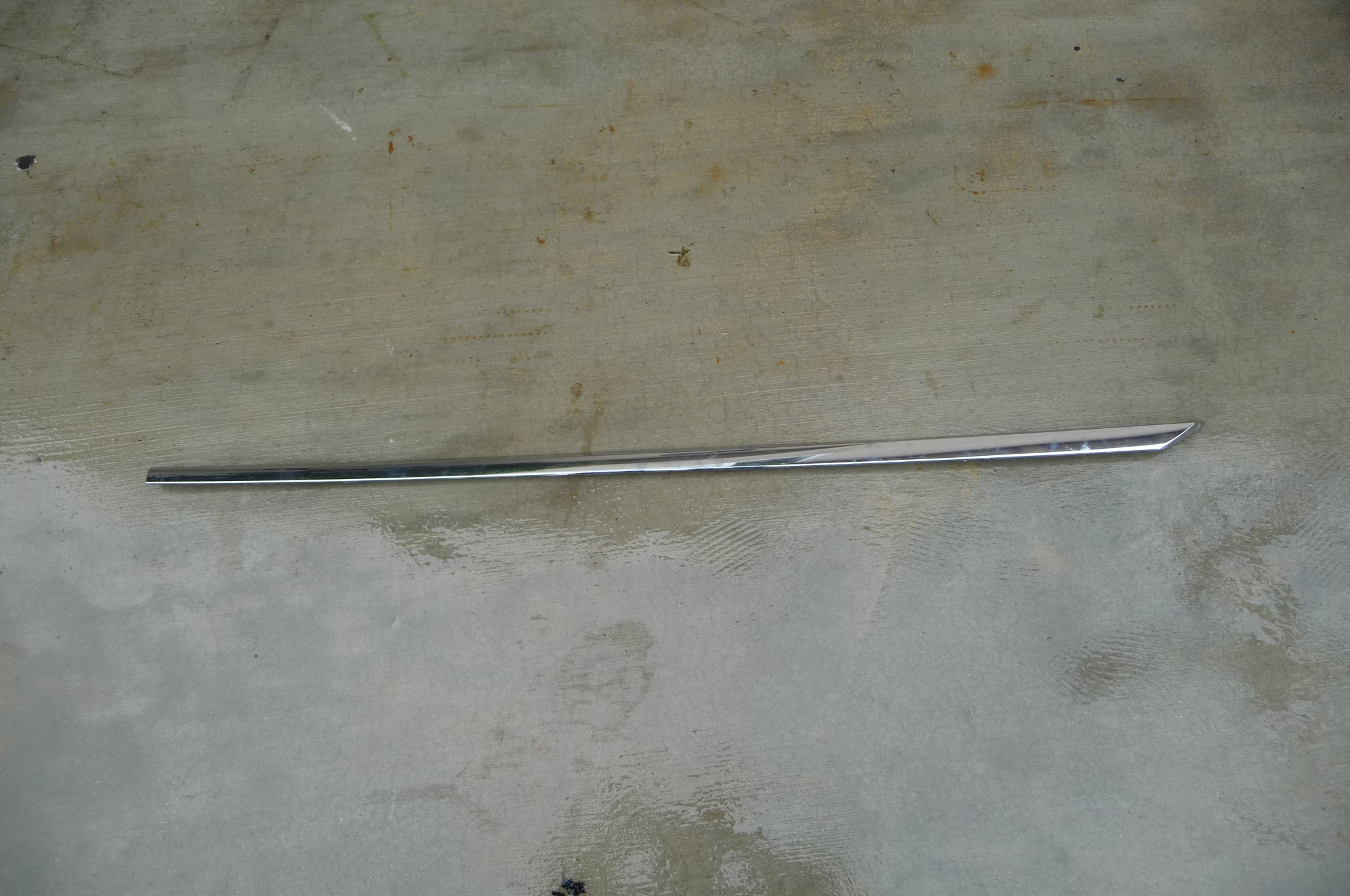 Bentley GT GTC Left Driverside Door Protection Trim Molding 3W8853515K - Used Auto Parts Store | LA Global Parts