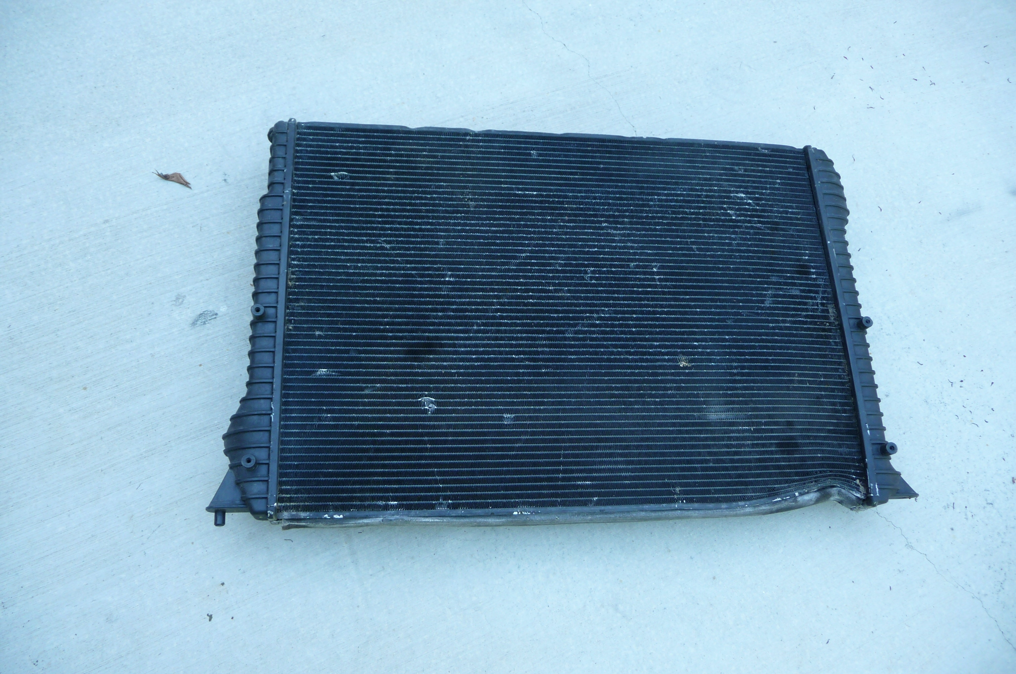 Bentley Continental GT GTC Engine Radiator Cooler for Coolant 3W0121253C OEM