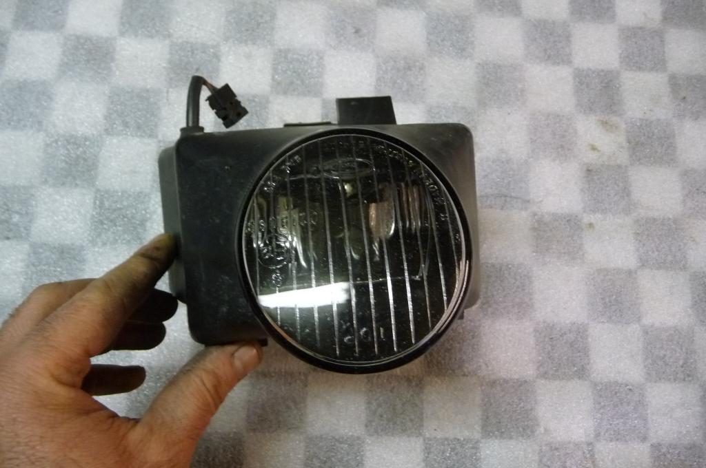 Mercedes Benz E Class CLK SLK Front Foglamp Fog Light Lamp A 2088200356  OEM OE