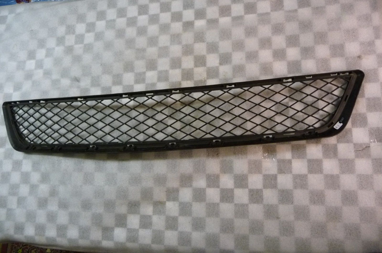 BMW X5 Front Bumper Lower Center Grill Grille 51117222854 OEM OE