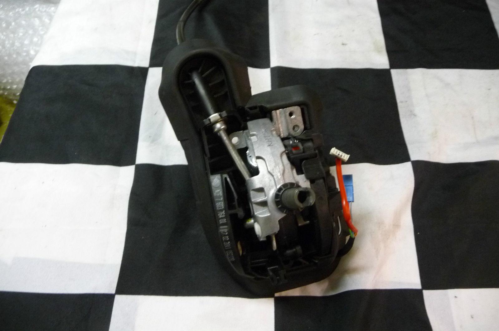 2009 2010 2011 2012 BMW E90 E91 E92 E93 328i Steptronic Gearshift Assy 25167603764 OEM OE