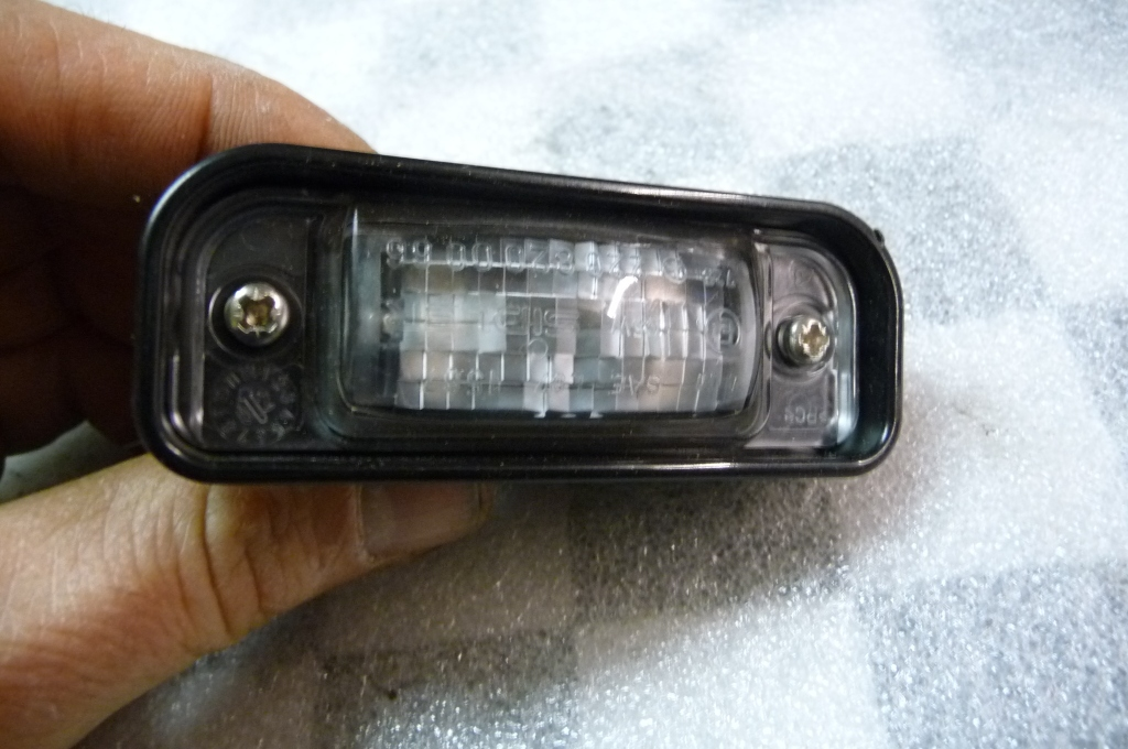 Mercedes Benz S Class Rear Licence Plate Lamp Light A 2208200356 OEM OE