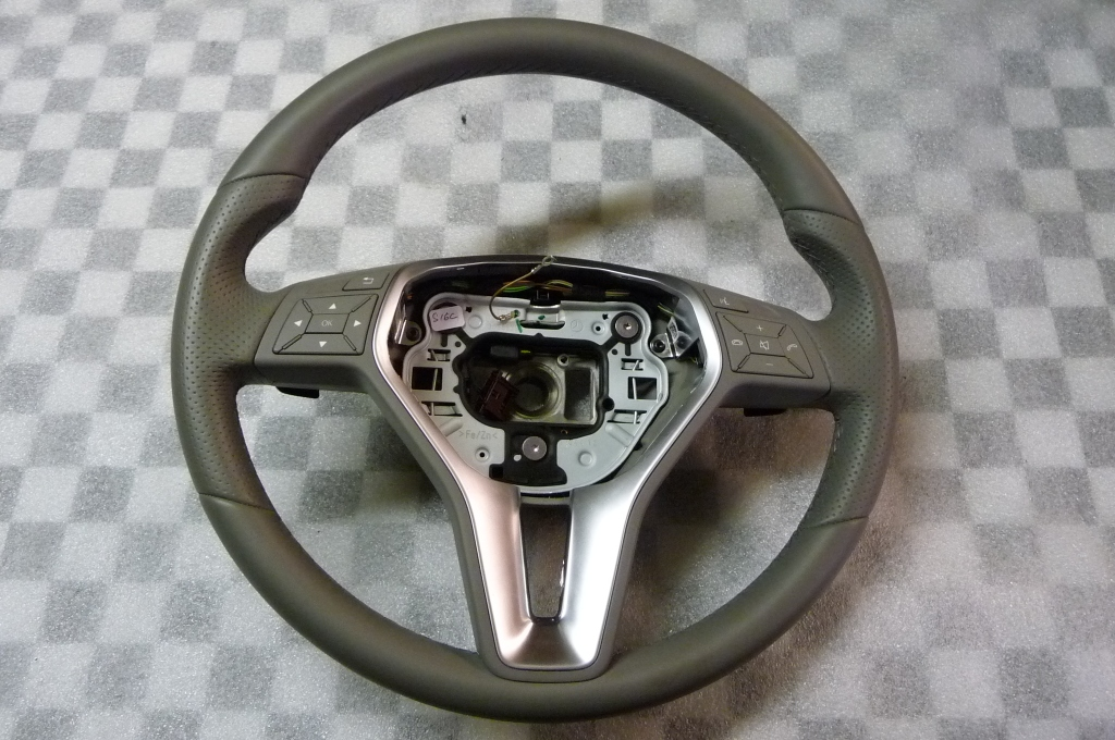 Mercedes Benz C E Class CLS Steering Wheel (smashed) A 2184602803 OEM OE