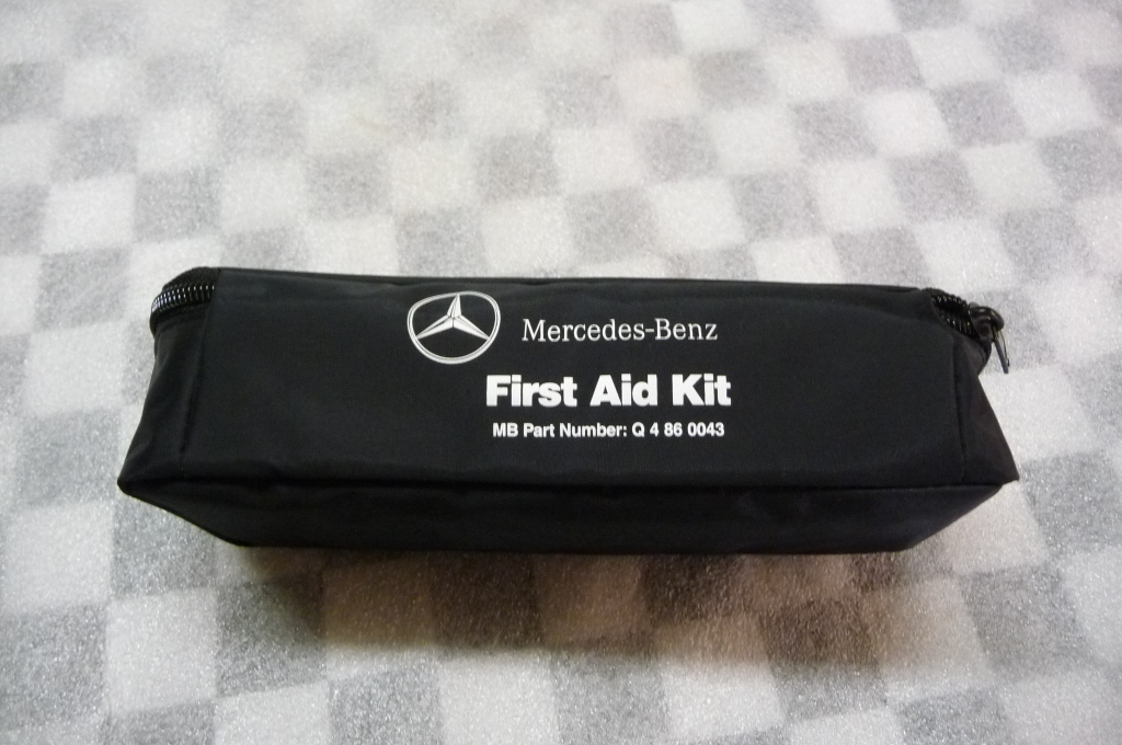Mercedes Benz Genuine Emergency Medical First Aid Kit Q4860043 OEM OE