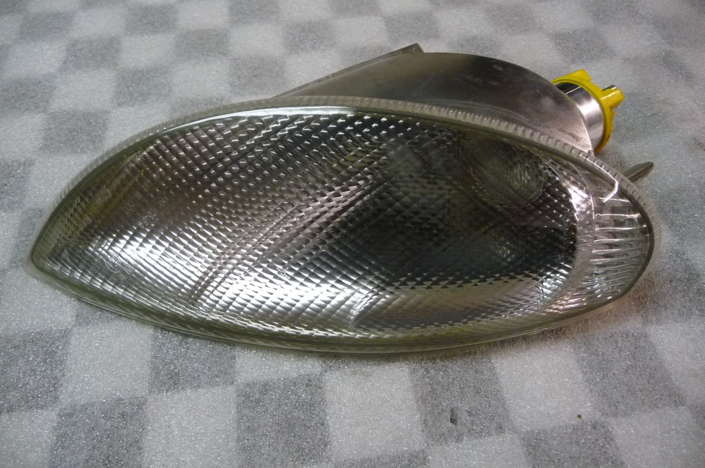 Mercedes Benz SLK230 SLK32 AMG Passenger Right Side Blinker Lamp 1708260243 OEM