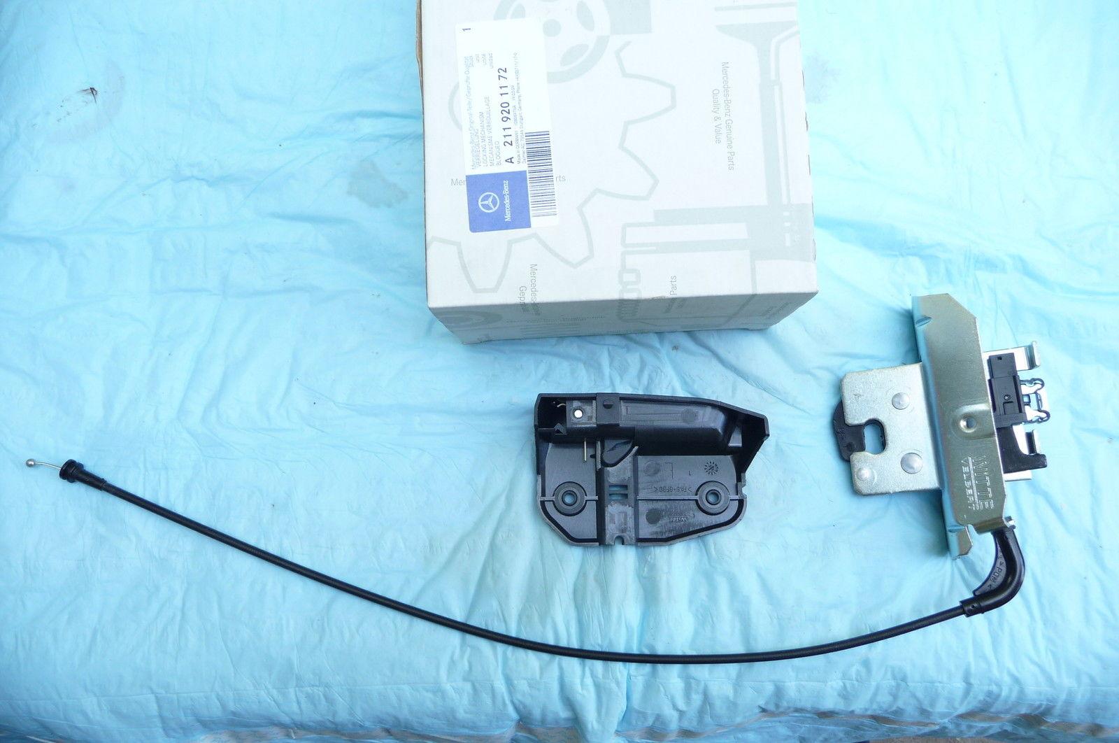 Mercedes E Class Lock Rear Folding Backrest 2003-2009 2119201172; 2119200172 OE