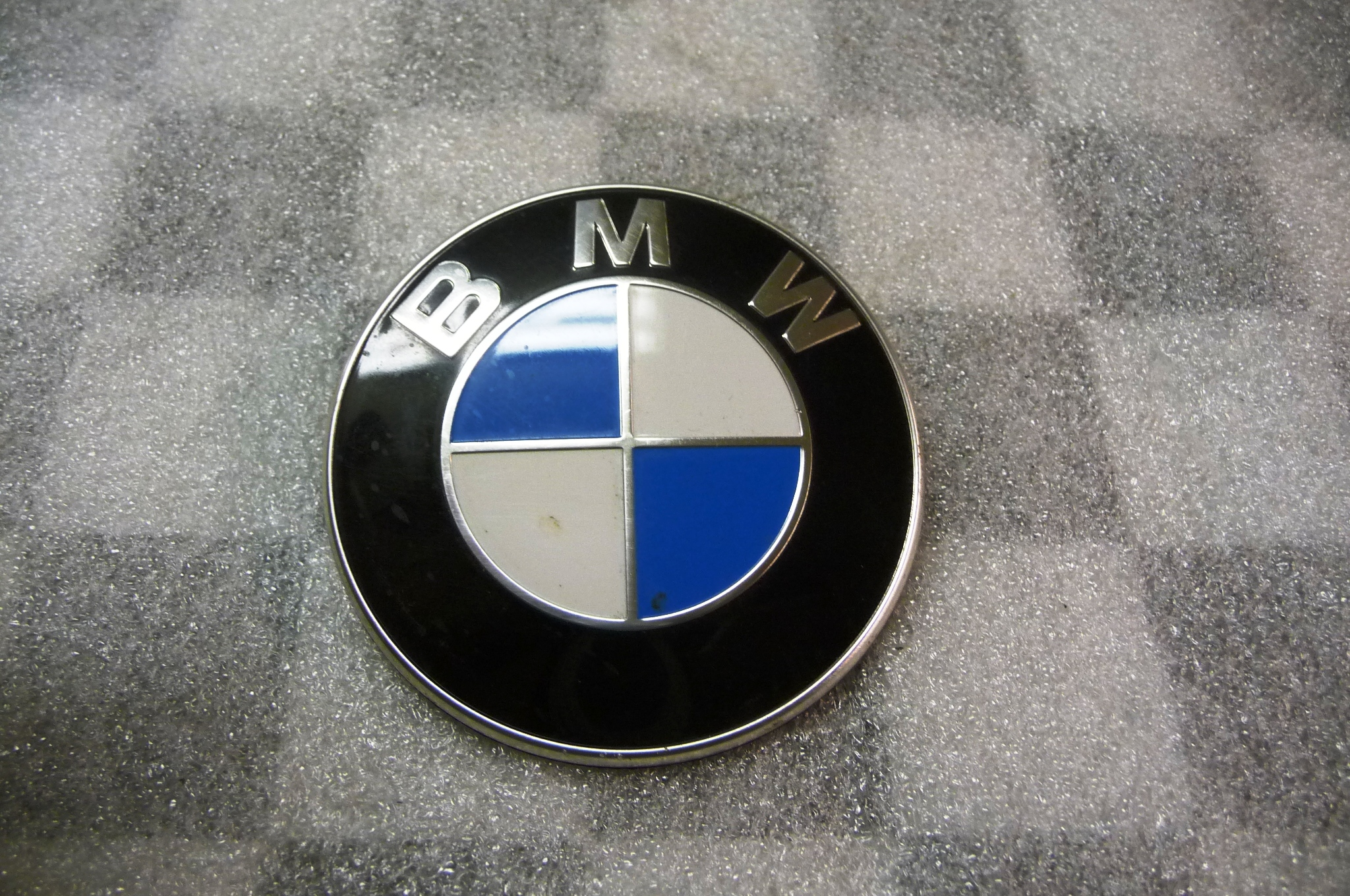 BMW 2 3 4 Series M235iX M3 Emblem Badge Logo 51148219237 OEM OE