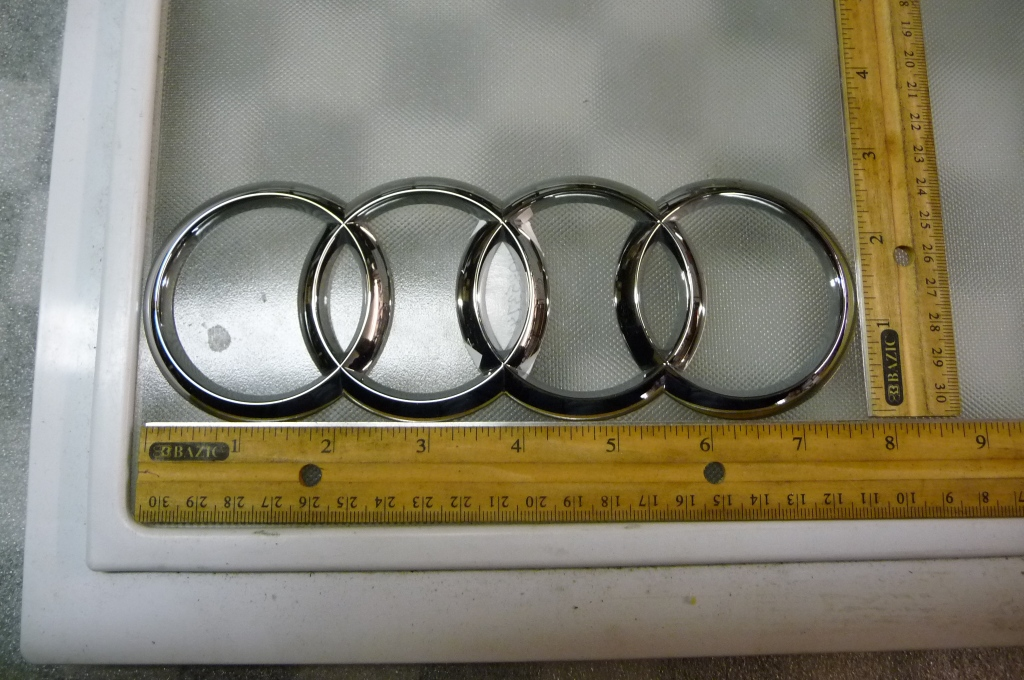 Audi Q5 Q7 A8 S8 R8 Front Grill Grille Emblem Sign Badge Logo Rings 4H0853742A