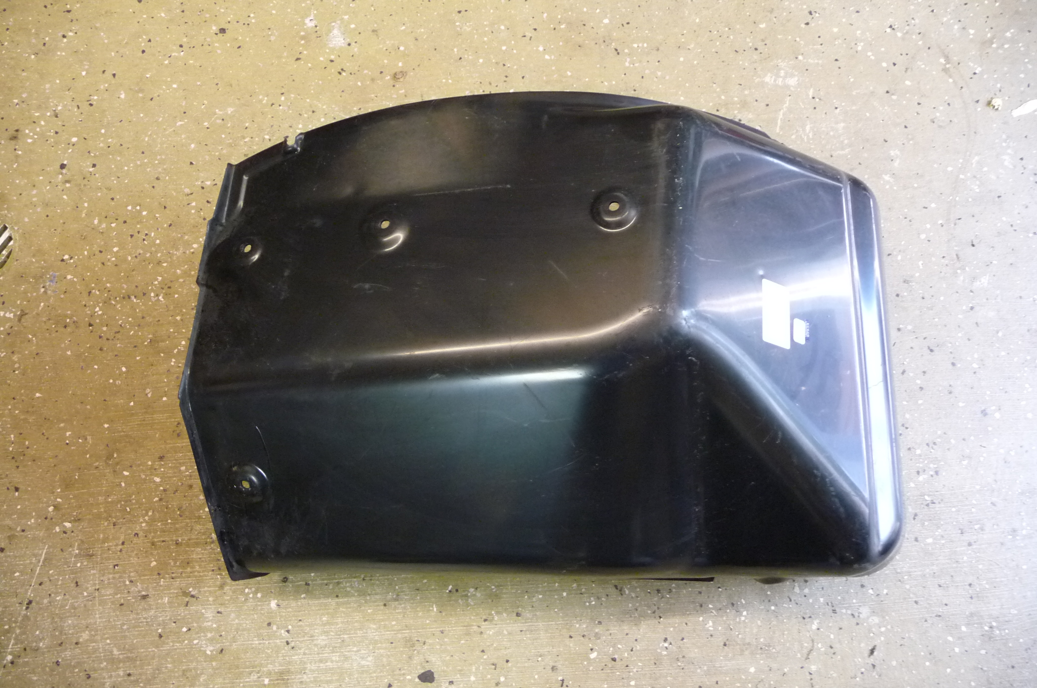 Lamborghini Gallardo LP560 Front Left Wheelhouse Arpon, Rear Portion 400821191A