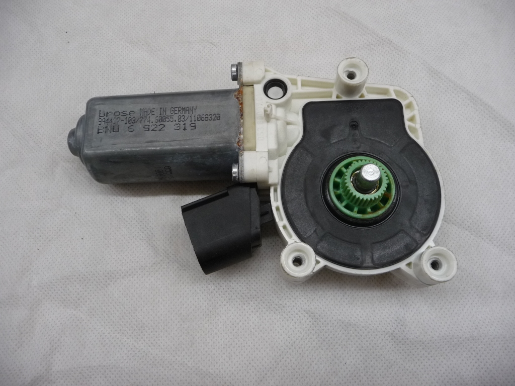 2004 2005 2006 2007 2008 2009 2010 BMW 5 Series Rear Left Driver Window Lifter Drive Motor 67626922319 OEM OE