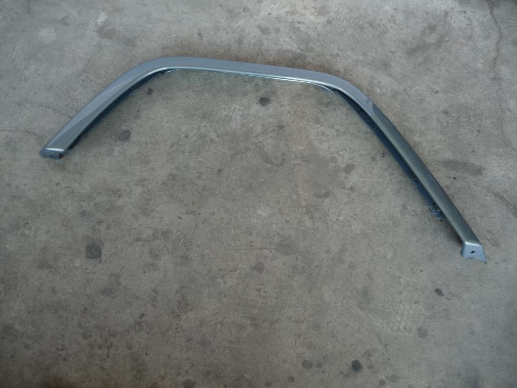 2002 2003 2004 2005 Mercedes Benz W463 G500 Rear Right Passenger Side Fender Flare 4638801521 OEM A1