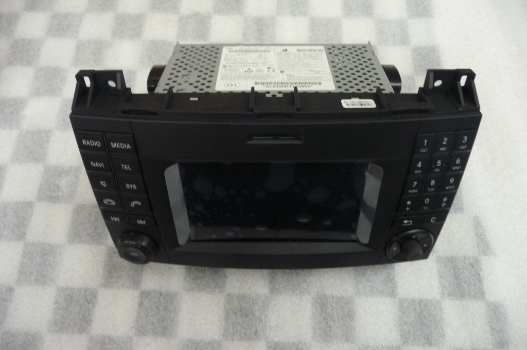 2014 2015 2016 Mercedes Benz Sprinter Command Radio Stereo Head Unit A9069006202 OEM A1