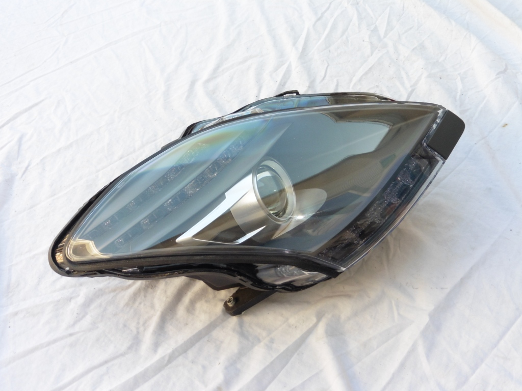 2011 2012 2013 2014 Mercedes Benz SLS W197 Right Passenger Complete Headlight 1978201761; A1978201761 OEM OE