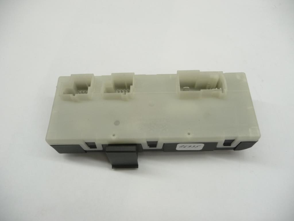 2014 2015 2016 2017 2018 BMW F31 F36 F48 F15 F16 328dX X1 X5 X6 Control Unit For Decklid Function Module 61358739659 OEM OE