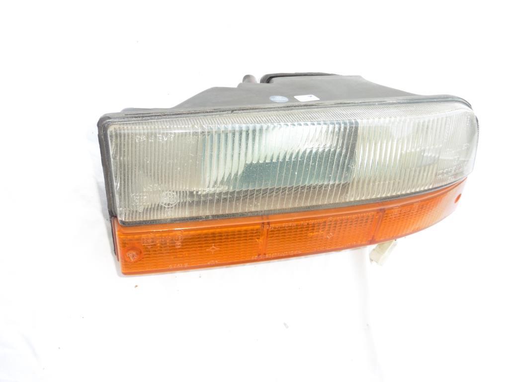 1985-1990 Ferrari Testarossa Rear Right Taillight Turn Signal Indicator Light 61652300 OEM OE