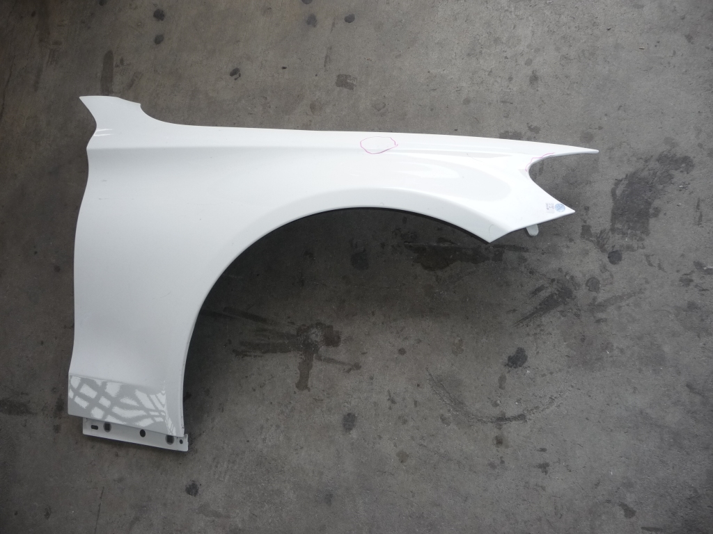 2015-2018 Mercedes Benz W205 C Class Right Passenger Fender Wing Cover 2058810201 OEM OE