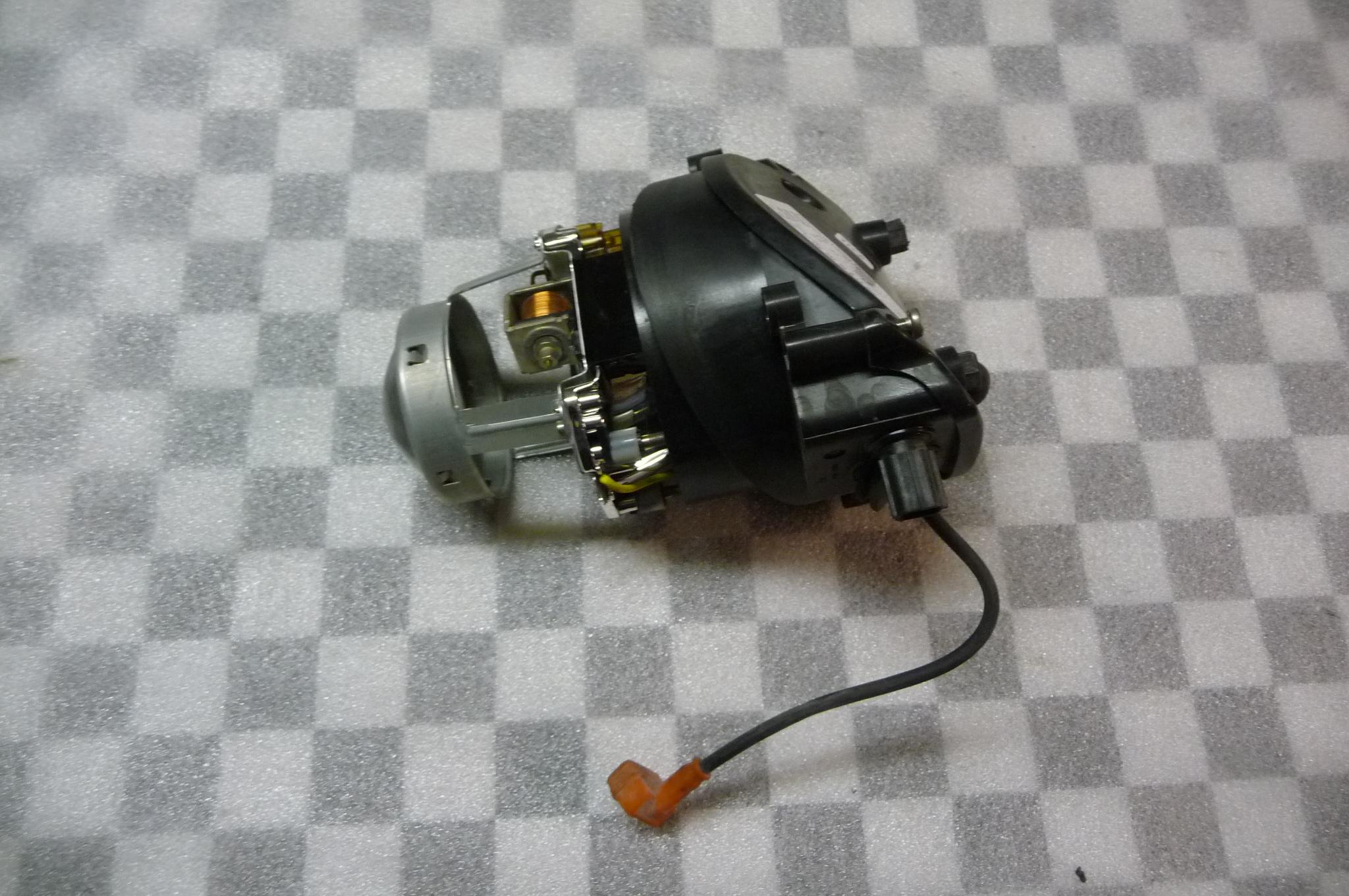 2005 2006 2007 2008 2009 2010 Ferrari 612 Scaglietti HID Xenon Right Passenger RH Side Headlight Projector  - Used Auto Parts Store | LA Global Parts