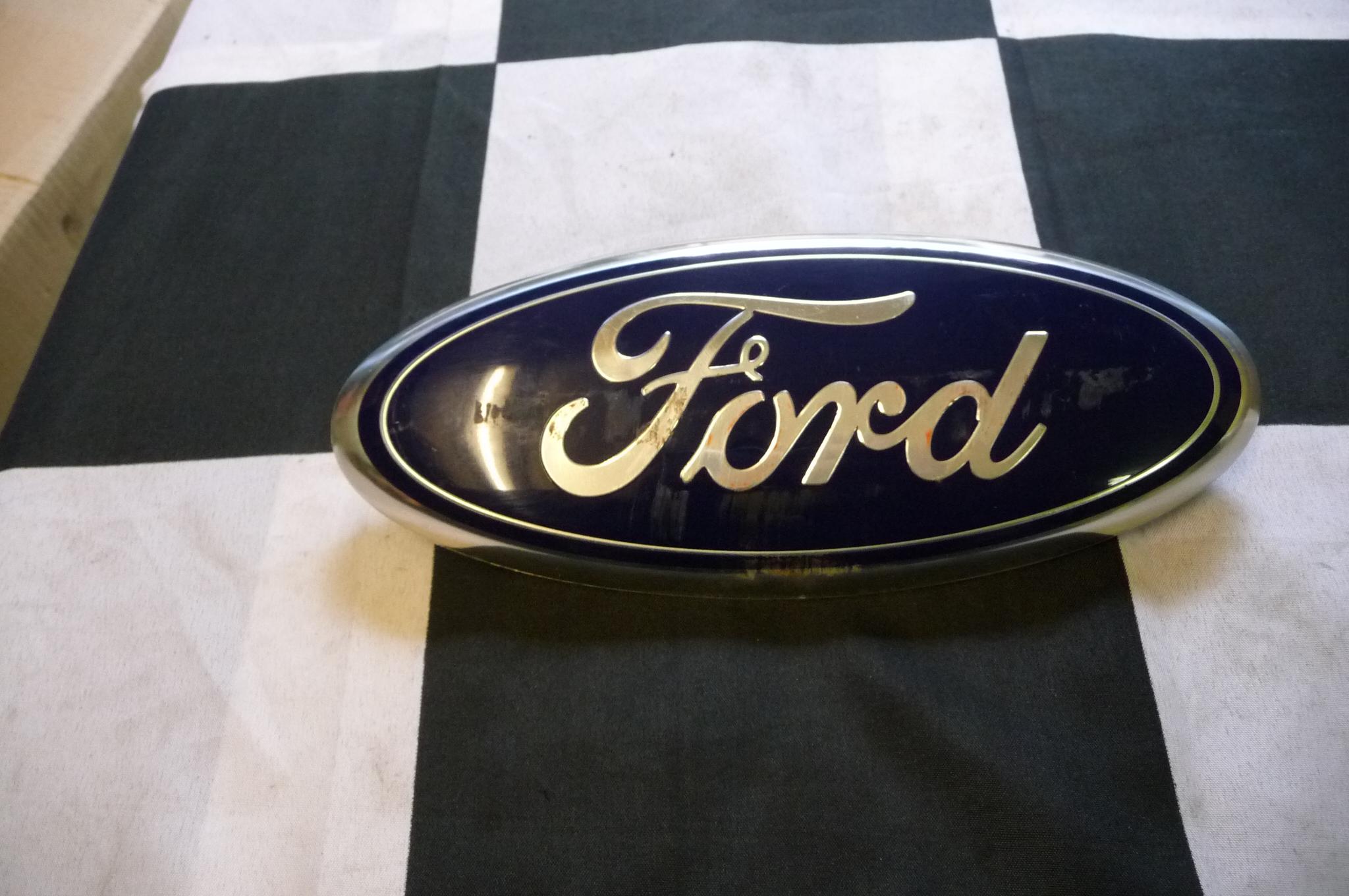 Ford Edge Flex Taurus X Front Grill Emblem Logo Badge Sign Nameplate Btz